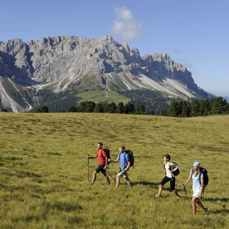 hiking-vacation-dolomites-south-tyrol-01