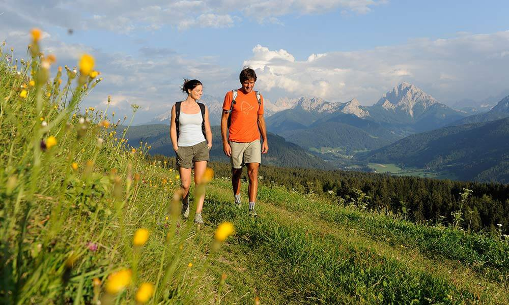 Hiking holidays in South Tyrol: unlimited hiking in Terenten, the Kronplatz and the Dolomites